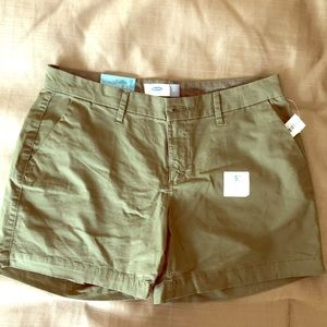 NWT 5 inch Shorts Old Navy